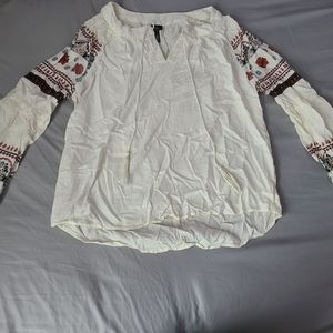 XS White Long sleeve blouse with red & black
